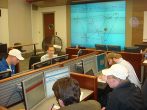 Students participate in real-time power trading simulation