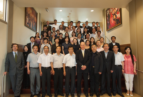 Freeman hosts Chinese delegation